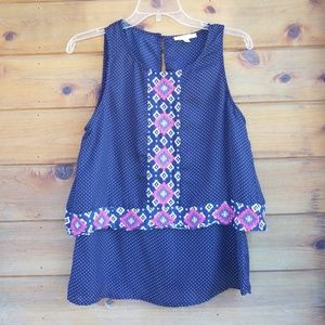 Skies are blue stitch fix embroidered blouse small